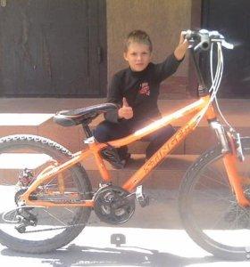 Велосипед горный,boxxer