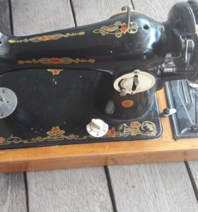 Швейная машинка ПМЗ-1М