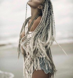 Плетение кос, афро кудри,голливудское наращивание.