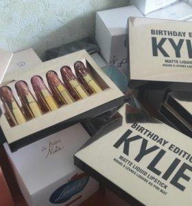 Набор матовых помад Kylie Jenner