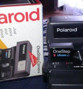 Ретро-фотоаппарат Polaroid