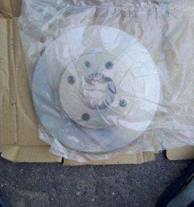 Передний Тормозной диск на Golf 2