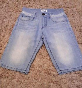 Джинсовые шорты на 8-10 лет