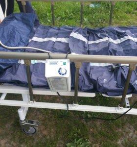 Кровать для лежачих больных.