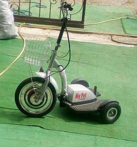 Електро трайк-трицикл