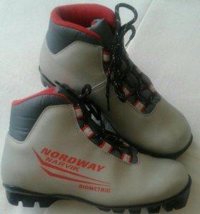 Ботинки лыжные размер 36