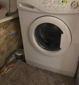 Продам стиральную машину,плиту,микроволновую печь.