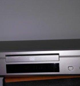 Yamaha DVD player DVD-S530