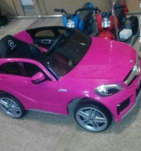 Электромобиль Мерседес 12v розовый