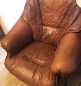 Кресло и Диван. Натуральная кожа.