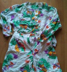 Шорты и блуза р.42-44