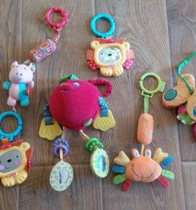 Подвесные игрушки для малыша