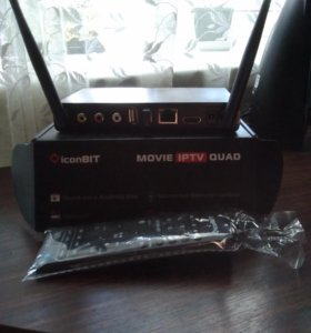 Смарт ТВ приставка Iconbit Movie iptv quad
