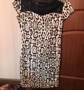 Платье в обтяжку с леопардовой расцветкой