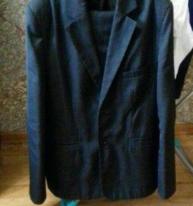 Костюм( пиджак брюки)