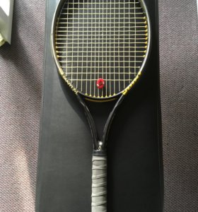 Теннисная ракетка Фёлки ( Titanium lite carbon)