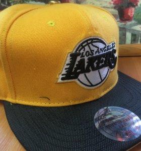 Кепка бейсболка NBA Los Angeles Lakers новая.Прямо