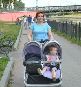 Прогулочная коляска для двойни и погодков