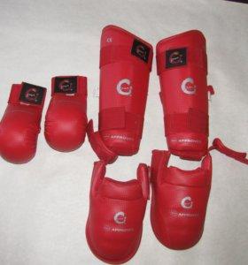 Защита голени и стопы и перчатки(для карате)