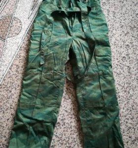 Ватные штаны (новые) размер 50 рост 5.