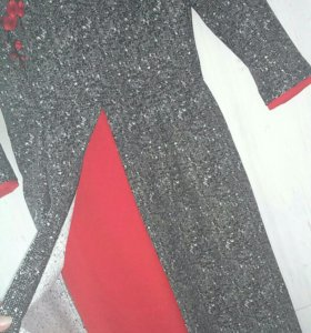 Платье,46 р-р, Сакура