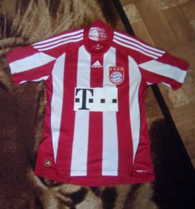 Оригинальная футболка FC BAYERN MUNCHEN