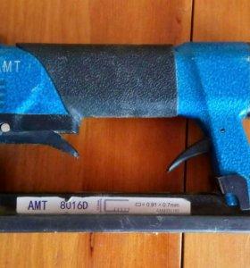 Пневматический скобозабивной пистолет AMT 8016D