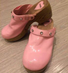 Туфли-сабо для девочки