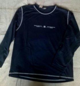 Новая мужская футболка с длинным рукавом 44-46 М