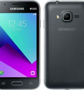 Смартфон Samsung Galaxy J1 Mini Prime(2016)