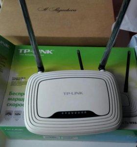 Беспроводные маршрутизаторы 1) TP-LINK WR841N. 2)