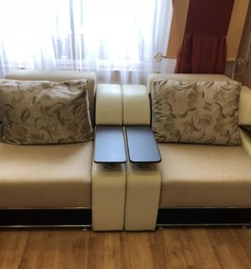 Продам диван и два кресла.