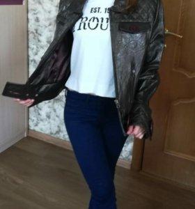Женская кожанная куртка. Производство Турция.
