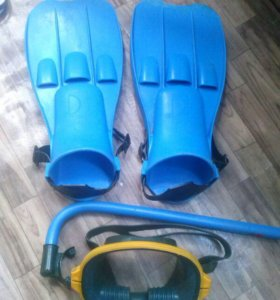 Ласты, маска и трубка для плавания