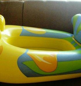 Лодка детская. В