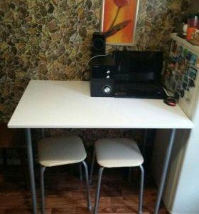 Кухонный стол кварцевый