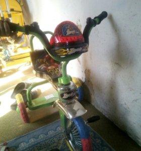 Продам велосипед 3х колестный