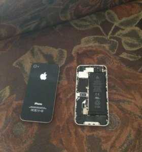 2 айфона 4s