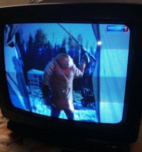 Телевизор Philips 37 см.