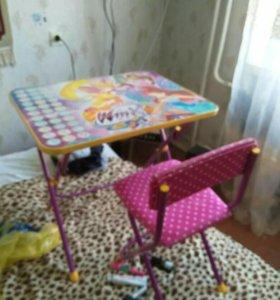 Детский стол и стульчик,детские вещи ,игрушки,торг