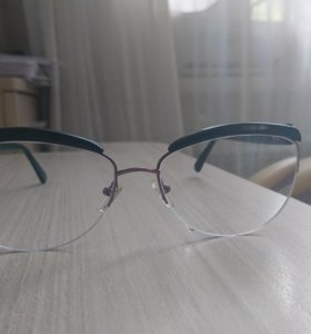 Продаю очки новые (-2), расст. 64