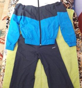 Спортивный костюм, на рост 146