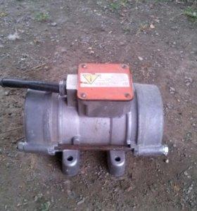 Вибро двигатель электрический