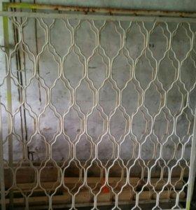 Решетки на окна .высота 125 ширина 123
