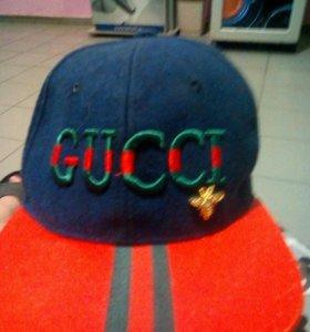 Кепка . фирма Gucci