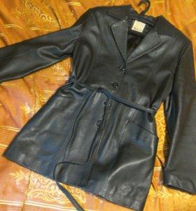 Кожаный удлиненный пиджак женский(классика)