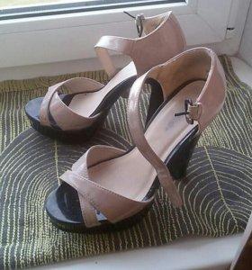 Туфли босоножки раз. 37