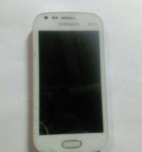 Samsung GT-S 7562