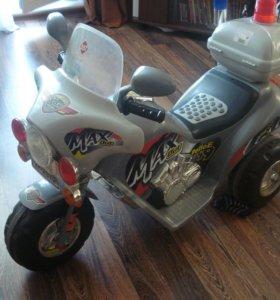 детский электромотоцикл на аккумуляторе