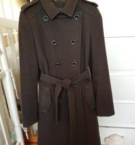 Шерстяное пальто демисезон